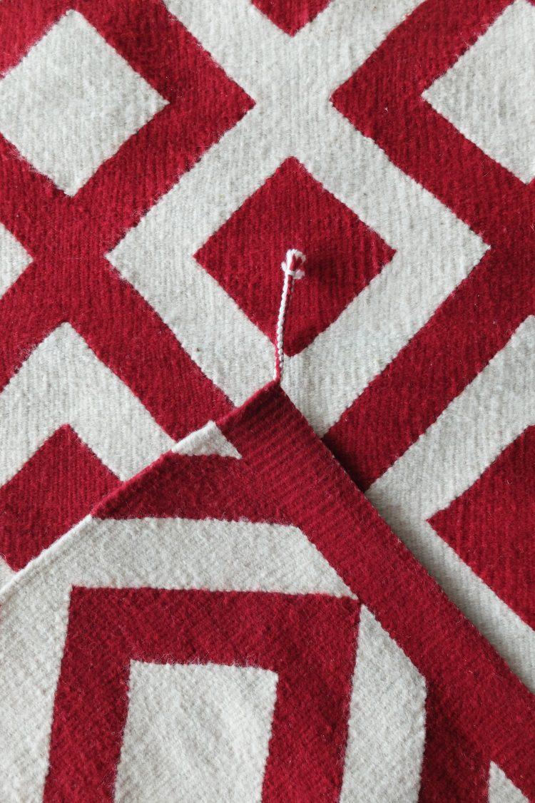 Tapis ethnique mexicain motifs géomètriques