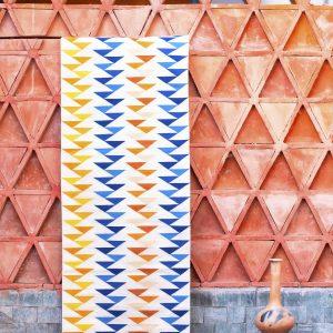 Pasillo triángulos